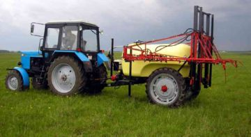 Опрыскиватель для трактора